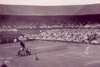 Wimbledon central court in 1962